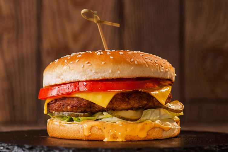 Чизбургер / булка белая